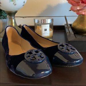 Tory Burch Chelsea cap-toe ballet shoes